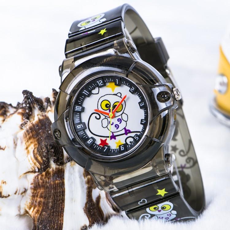 Baykuş Figürlü Füme Renk Silikon Kordonlu Çocuk Kol Saat