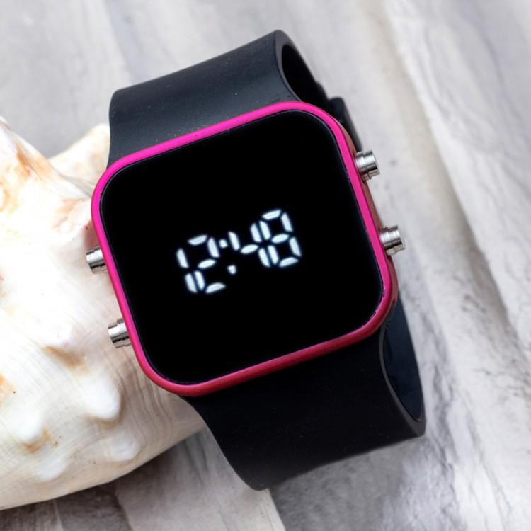 Dijital Spectrumwatch Fuşya Led Kol Saati Siyah Silikon Bileklik