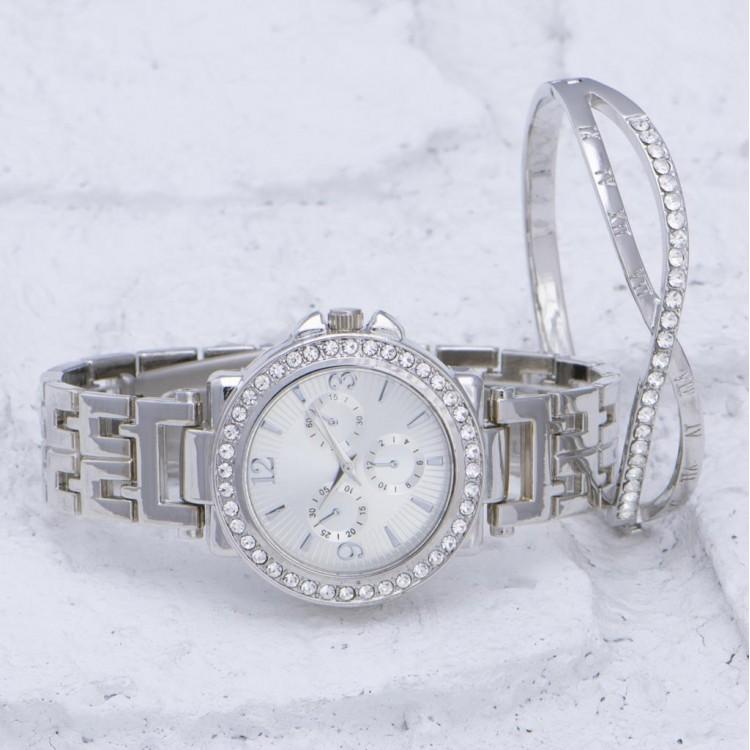 Gümüş Renk Çelik Kordonlu Taşlı Kasa Bayan Saat ve Sonsuzluk Bileklik Kombini