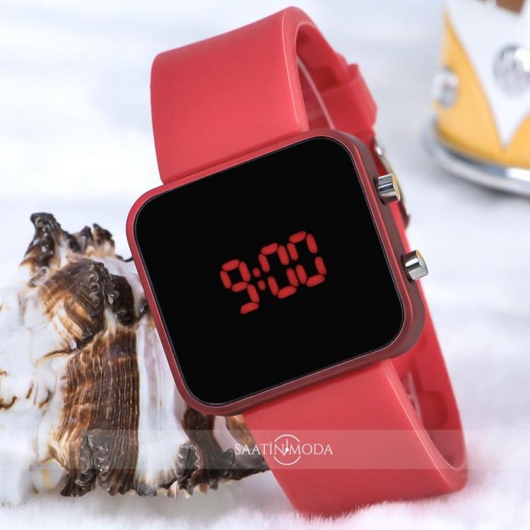 Kırmızı Kare Dijital Led Ekran Kırmızı Silikon Kordonlu Yetişkin Kız Kadın Saat ST-303715