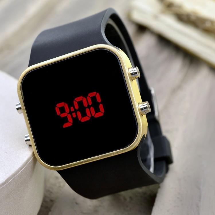 Sarı Renk Dijital Led  Bileklik Unisex Kol Saat Siyah Silikon Kordon Yeni Sezon