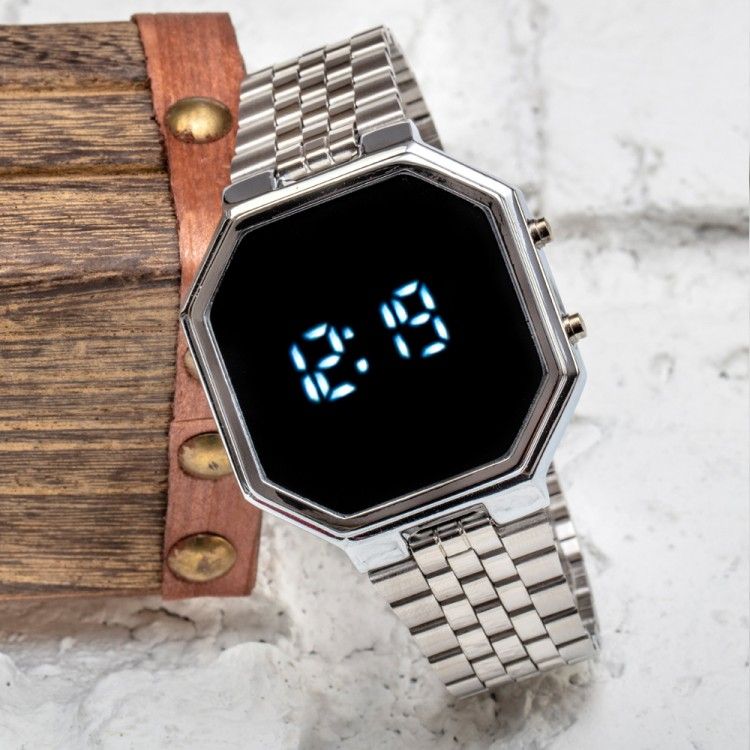 SPECTURM! Silver Gümüş Renk Dijital Led Watch Çelik Kordonlu Detay Kasa Kol Saati